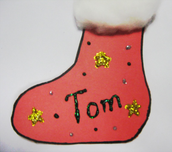 Christmas Stocking Gift Tag - Christmas Crafts for Children - JumpStart