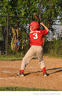 Organizing a Neighborhood Baseball or Softball Game